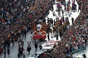 геловінський парад в мехіко
