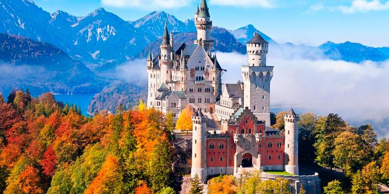 Замок Нойшванштайн Німеччина